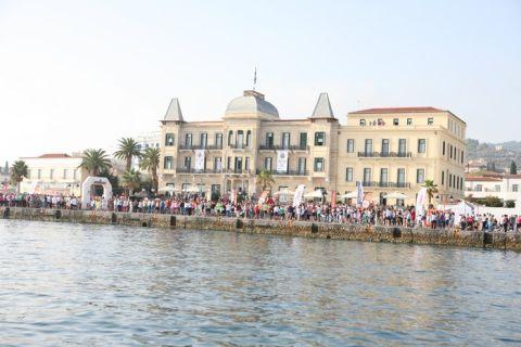 Τεράστια επιτυχία στον 3ο Spetses Mini Marathon