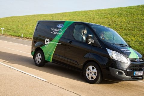 Among the toughest working environments for vans, cities offer significant challenges to moving people and delivering goods and services. Ford, which is already investigating how plug-in hybrid electric vehicles (PHEVs) could help in London, today announced it would also begin testing in Valencia, Spain.