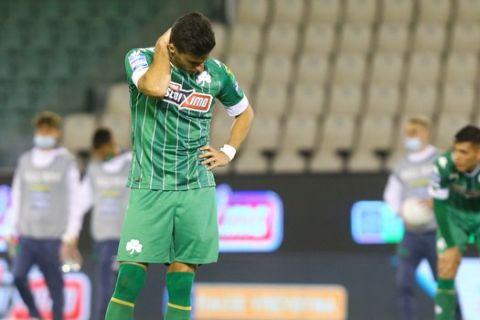 Απογοητευμένοι οι παίκτες του Παναθηναϊκού μετά την ήττα από την ΑΕΚ/9-5-2021
