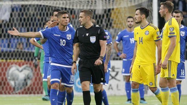 Νίκη-ανατροπή με ασίστ Κωστή η Κύπρος