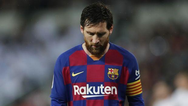 Μπαρτσελόνα: Κινδυνεύει να χάσει την επανέναρξη της La Liga ο Μέσι