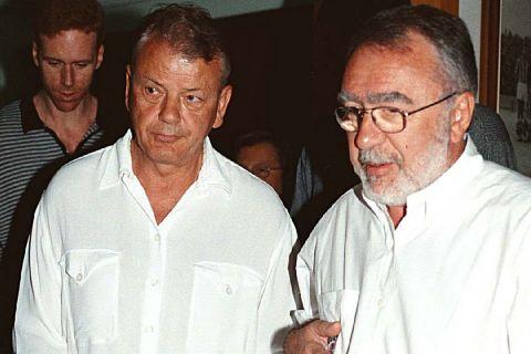 Ο Ντούσαν Ίβκοβιτς με τον Σωκράτη Κόκκαλη