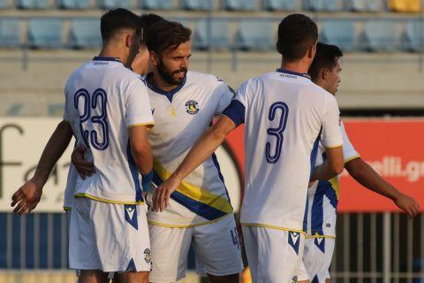 Οι παίκτες του Αστέρα πανηγυρίζουν στο φιλικό με τον Ιωνικό | 1 Αυγούστου 2021