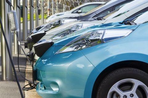 Την Παρασκευή 5 Ιουνίου οι ανακοινώσεις της κυβέρνησης για την ηλεκτροκίνηση