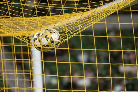 Μπάλες σε δίχτυα σε ματς της MLS στην αναμέτρηση Όστιν - Λος Άντζελες Γκάλαξι