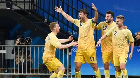 MANAUS, BRAZIL - AUGUST 04:  Astrit Ajdarevic of Sweden celebrates after scoring a goal during a match between Colombia and Sweden as part of Rio 2016 Olympic Games at Arena da Amazonia at Arena Amazonia on August 04, 2016 in Manaus, Brazil. (Photo by Levi Bianco/Brazil Photo Press/LatinContent/Getty Images)