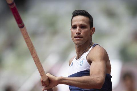 Ο Κώστας Φιλιππίδης στη διάρκεια του προκριματικού του άλματος επί κοντώ στους Ολυμπιακούς Αγώνες