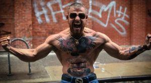 Μαχαίρωσαν στον λαιμό τον σωσία του McGregor!