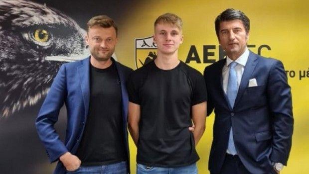Η ΑΕΚ ανακοίνωσε την απόκτηση του Ραντόνια