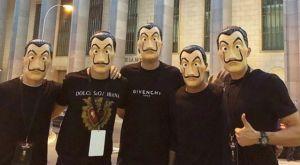 Ισπανοί ποδοσφαιριστές πήγαν στο Νομισματοκοπείο με μάσκες… La Casa De Papel