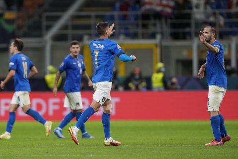 Ο Πελεγκρίνι πανηγυρίζει το γκολ του στο Ιταλία - Ισπανία για τα ημιτελικά του Nations League.