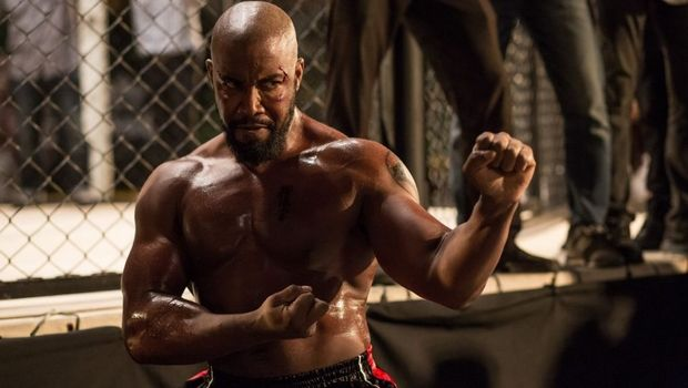 Ο Michael Jay White εξηγεί γιατί θα κέρδιζε τον Bruce Lee