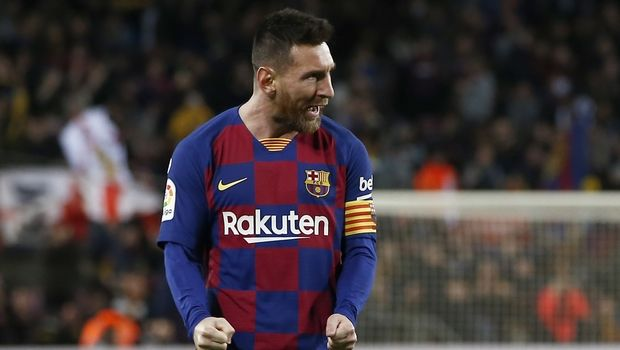 Barcelona's Lionel Messi celebrates after scoring his side's second goal during a Spanish La Liga soccer match between Barcelona and Celta at Camp Nou stadium in Barcelona, Saturday, Nov. 9, 2019. (AP Photo/Joan Monfort)