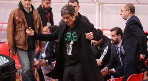 Ολυμπιακός – Παναθηναϊκός: Η είσοδος του Γιαννακόπουλου στον αγωνιστικό χώρο