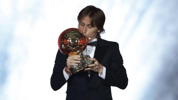 Χρυσή Μπάλα 2018: Ο Μόντριτς αφιερώνει το βραβείο σε Τσάβι, Ινιέστα και Σνάιντερ