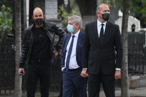 Ο Γιώργος Αγγελόπουλος στην κηδεία του Ντούσαν Ίβκοβιτς