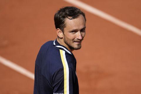 Ο Μεντβέντεφ κόντρα στον Γκαρίν για το Roland Garros.