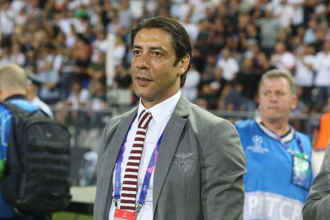 Ο Ρουί Κόστα ως γενικός διευθυντής της Μπενφίκα στο ματς με τον ΠΑΟΚ για το Champions League