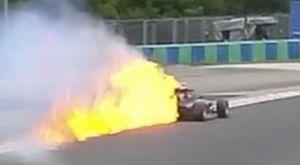 Μονοθέσιο της Formula 3 πήρε φωτιά στο Ουγκαρόρινγκ
