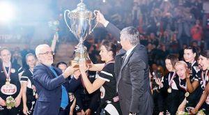 Πανηγύρισε πρωτάθλημα στο Ροστόφ ο Σαββίδης