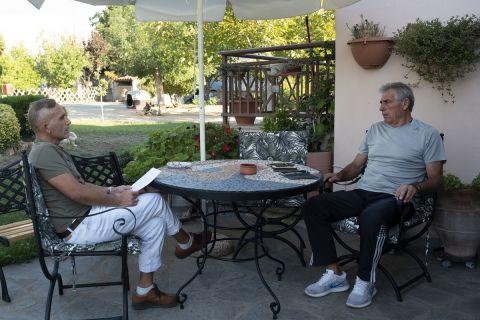 Ο Άγγελος Αναστασιάδης με τον Σάκη Γκίνα στη συνέντευξη που έδωσε στο SPORT24
