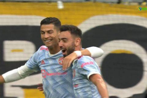 Ο Ρονάλντο πέτυχε το πρώτο γκολ του Champions League κάνοντας το 1-0 για την Γιουνάιτεντ με την Γιουνγκ Μπόις