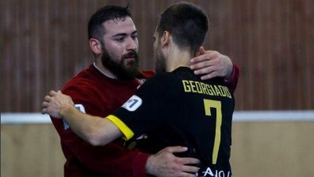 Handball Premier: Νίκησε σε νεκρό χρόνο η ΑΕΚ, εύκολα ο Ολυμπιακός