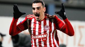 """Αστέρας – Ολυμπιακός 0-2: Φορτούνης και Λάζαρος υπέγραψαν το """"διπλό"""""""