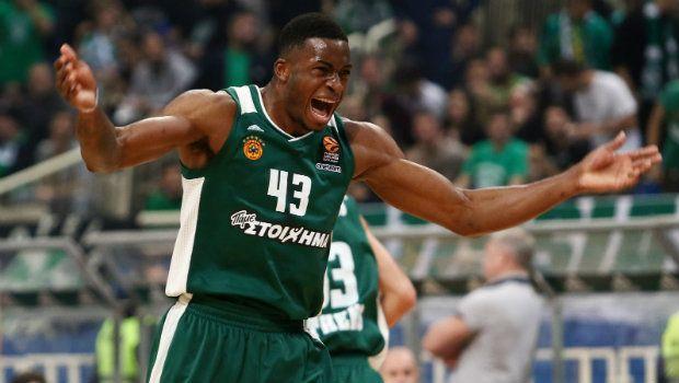Την τάπα της χρονιάς στην EuroLeague ο Αντετοκούνμπο!