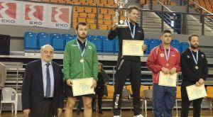 Πινγκ πονγκ: Πρωταθλητές ο Αγγελάκης και η Ζαβιτσάνου