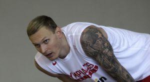 O Tίμα πείραξε τον Μιλουτίνοβ με την… βοήθεια του Πρίντεζη