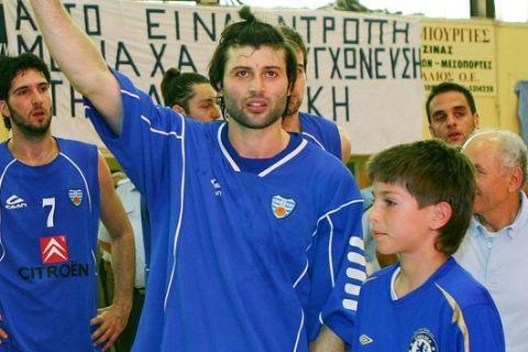 Το Αιγάλεω γιορτάζει, επέστρεψε μετά από οκτώ χρόνια ο Καλλινικίδης!