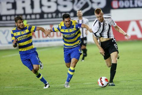 Φάση από το ΟΦΗ - Αστέρας Τρίπολης για τη Super League Interwetten