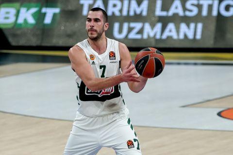 Ο Μποχωρίδης σε αγώνα της EuroLeague με τη φανέλα του Παναθηναϊκού