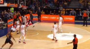 EuroLeague: Σβεντ κερνάει, Μπούκερ και Έβανς κατεδαφίζουν