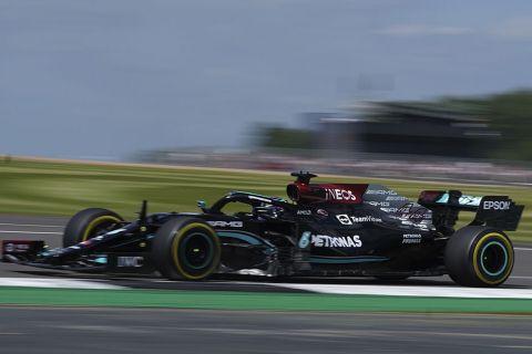 Ο Λίουις Χάμιλτον στο Σίλβερστοουν στο πρωτάθλημα της Formula 1