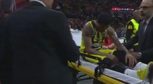 Τραυματίστηκε και αποχώρησε με φορείο ο Έρικ Γκριν