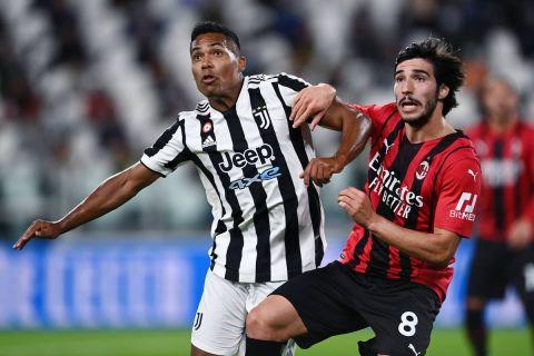 Στιγμιότυπο απ' την αναμέτρηση ανάμεσα στη Μίλαν και τη Γιουβέντους για τη Serie A.