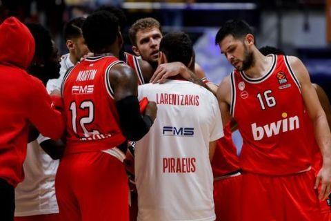 Παίκτες του Ολυμπιακού στον αγώνα με την Ζενίτ για την EuroLeague της σεζόν 2020/21