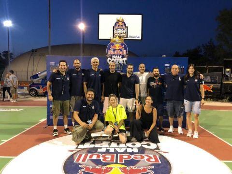 Το 1ο Red Bull Half Court presented by Stoiximan ολοκληρώθηκε με επιτυχία και εκλεκτούς καλεσμένους