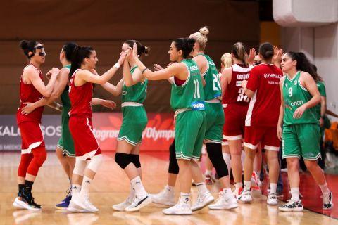 Οι ομάδες του Ολυμπιακού και του Παναθηναϊκού μετά τον πρώτο τελικό της Α1 γυναικών