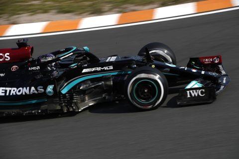 GP Ολλανδίας: Ο Χάμιλτον ταχύτερος στις πρώτες δοκιμές του Ζάντβουρτ