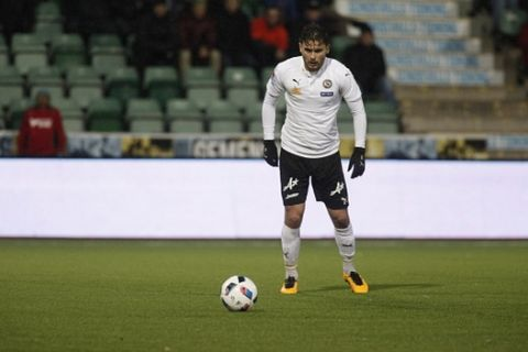 SUNDSVALL, SWEDEN - APRIL 18: Astrit Ajdarevic of Orebro SK during the allsvenskan match between GIF Sundsvall and Orebro SK at Norrporten Arena on April 18, 2016 in Sundsvall, Sweden. (Photo by Mats Andersson/Ombrello via Getty Images)