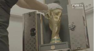 Το τρόπαιο του Παγκοσμίου Κυπέλλου έφτασε στο «Luzhniki»