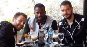 ΠΑΟΚ: Το Sport24.gr ακολούθησε τους πρωταθλητές στην πρώτη βόλτα τους