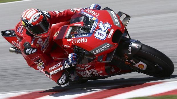 Moto GP Κατάρ: Νικητής ο Ντοβιτσιόζο μετά από μάχη με τον Μάρκεθ