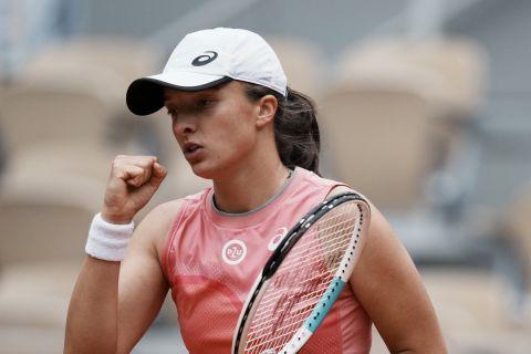 Η Ίγκα Σβιόντεκ από αναμέτρηση της στο Roland Garros   5 Ιουνίου 2021