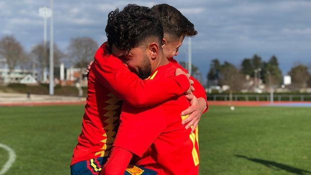 Ισπανία - Ελλάδα Κ17 2-0: Ήττα στην πρεμιέρα του Elite Round