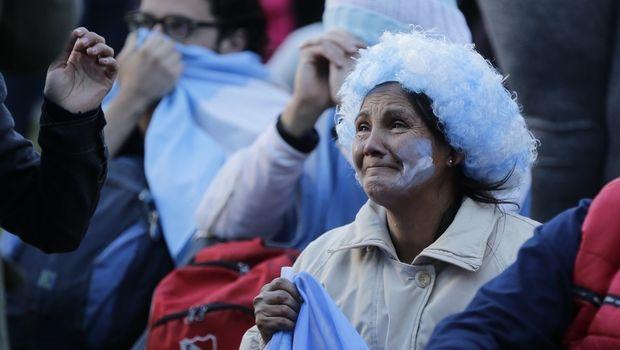 Τα κλάματα των Αργεντινών φιλάθλων (PHOTOS)