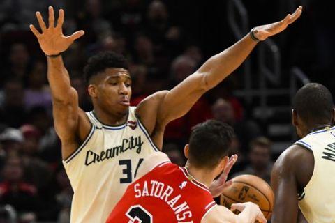 NBA: Η μοναδικότητα του Αντετοκούνμπο στην εποχή των 24''
